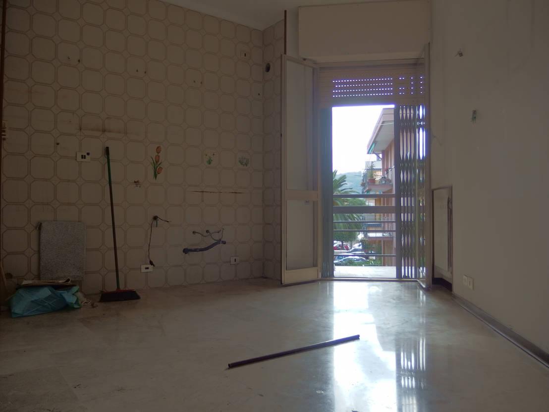 Sorprendente remodelaci n de un peque o estudio for Remodelacion apartamentos pequenos