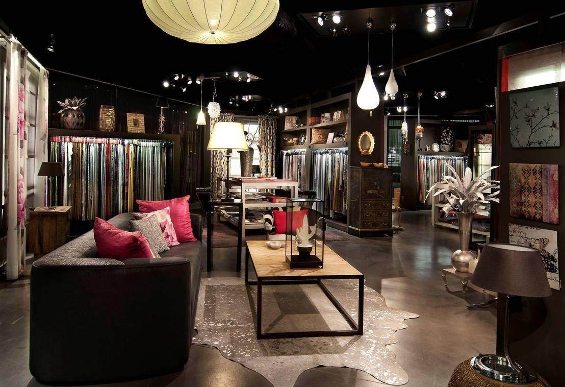 Tienda showroom grupo lober granollers de grupo lober - Disenadores de interiores barcelona ...