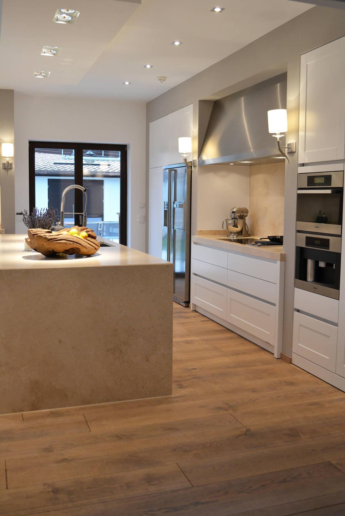 Eggersmann rahmenfront mattlack mit naturstein von wohn for Wohndesign meyer eitensheim