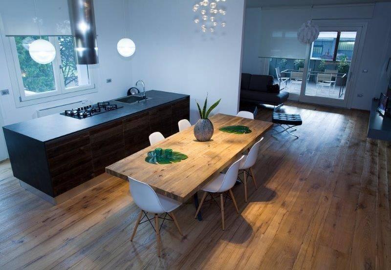 Una casa pi accogliente con il legno for Casa piu il mobile
