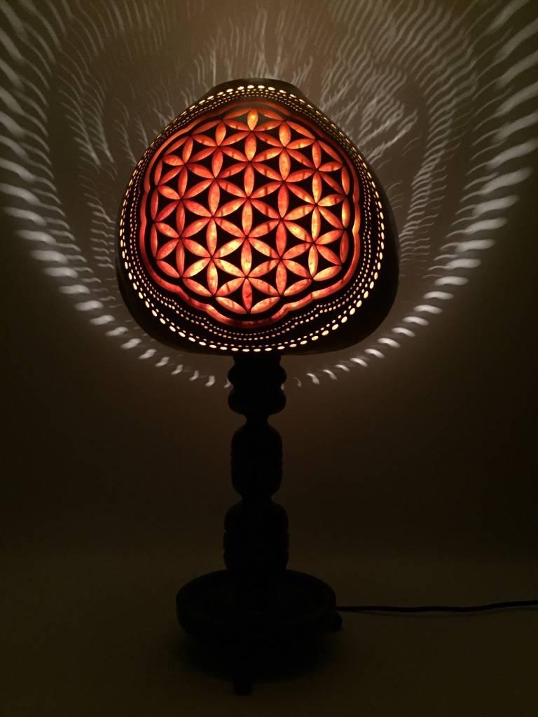 k rbislampe kalebassenlampe flower of life gefr st von atelier pumpkin art homify. Black Bedroom Furniture Sets. Home Design Ideas