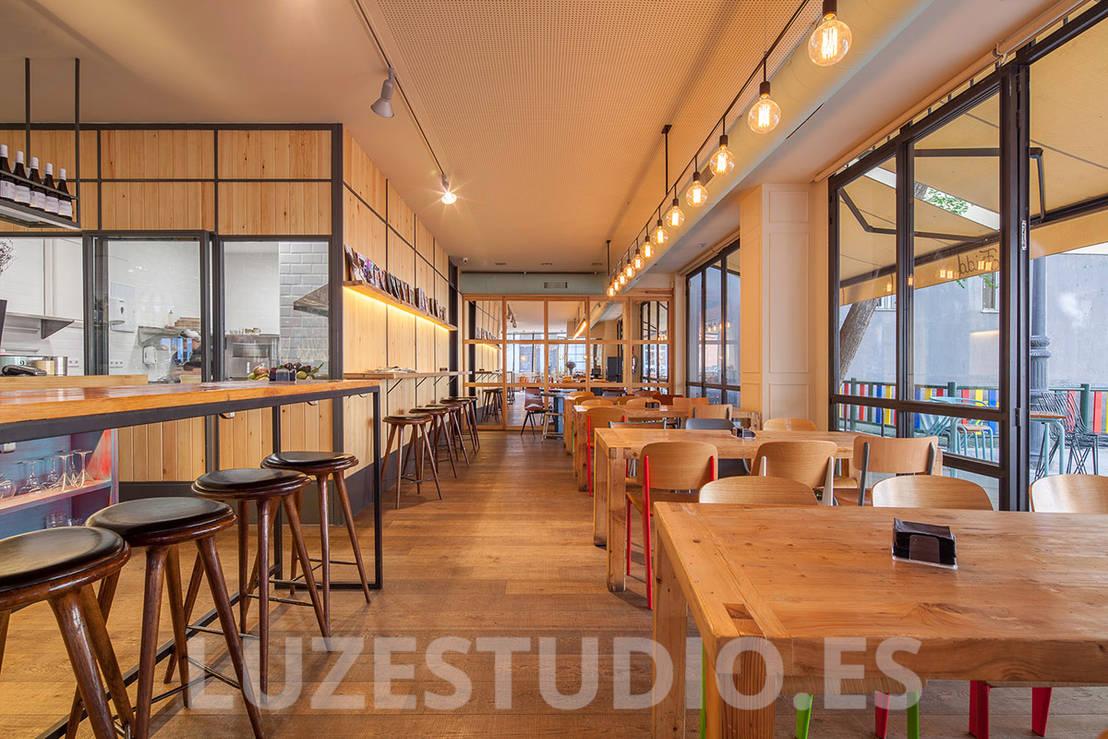 Restaurante frida proyecto singular by luzestudio - Singular kitchen madrid ...
