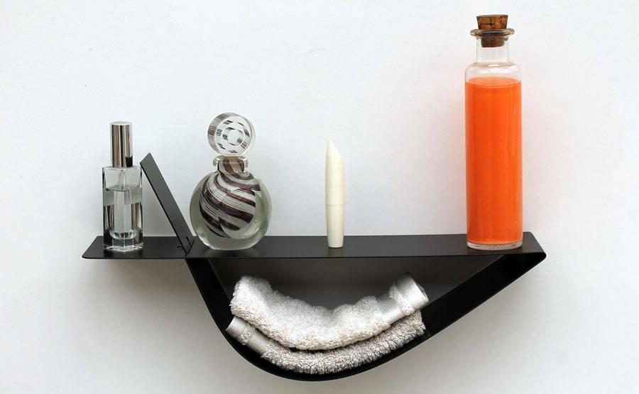 des tag res design d 39 objectal design qui jouent sur les formes et les couleurs par. Black Bedroom Furniture Sets. Home Design Ideas