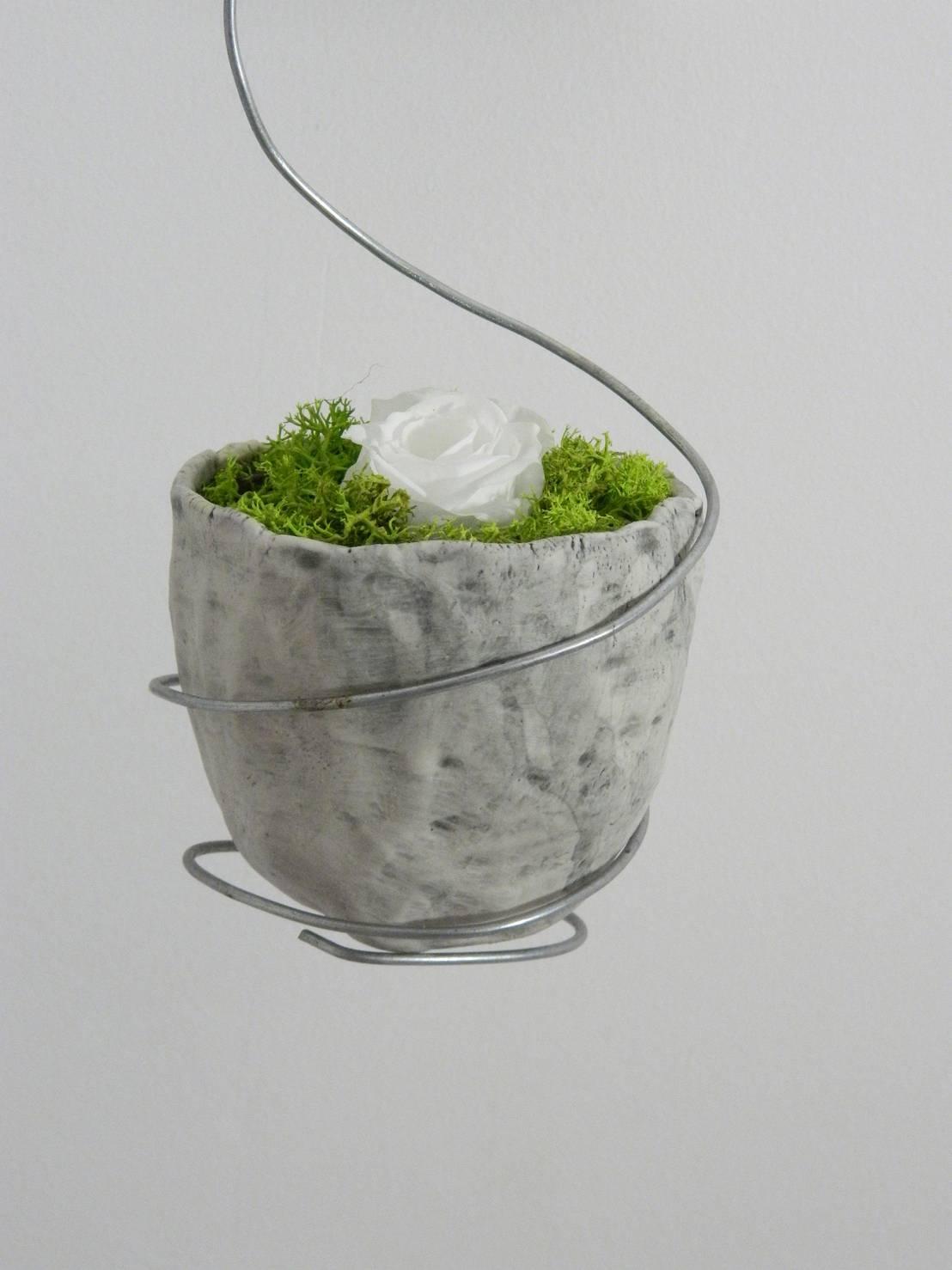 Vasi sospesi di ceramica artistica di chiara cantamessa for Vasi sospesi