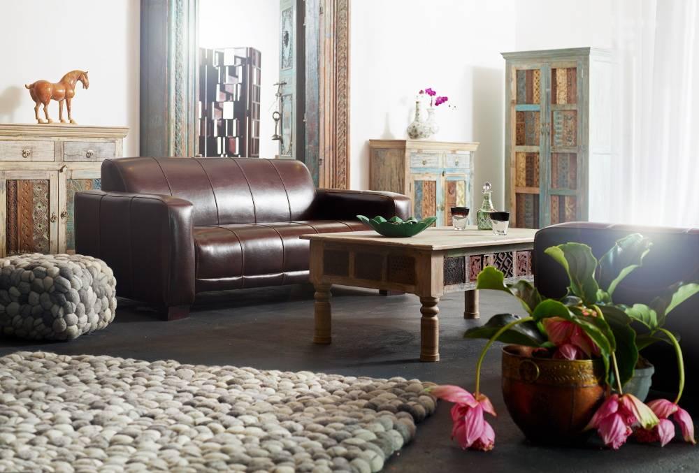 m bel aus alten schnitzleisten geb udeteilen und recyeltem holz de indien haus homify. Black Bedroom Furniture Sets. Home Design Ideas