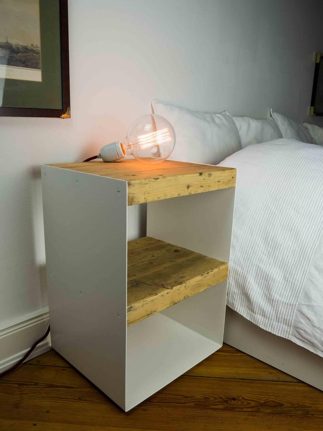 nachttisch aus holzbohlen von 10 knoten m beldesign. Black Bedroom Furniture Sets. Home Design Ideas