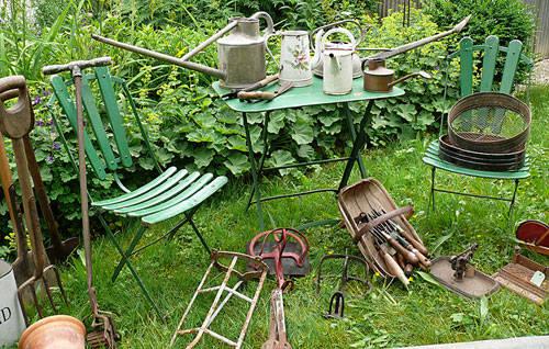 blickfang alte zeiten homify originale alte gartenger te geschichte der hippen und. Black Bedroom Furniture Sets. Home Design Ideas