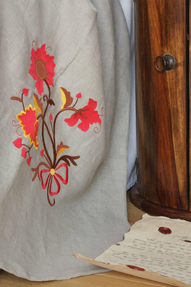 18 jh stickerei ungef rbte leinen bettw sche katalonia. Black Bedroom Furniture Sets. Home Design Ideas