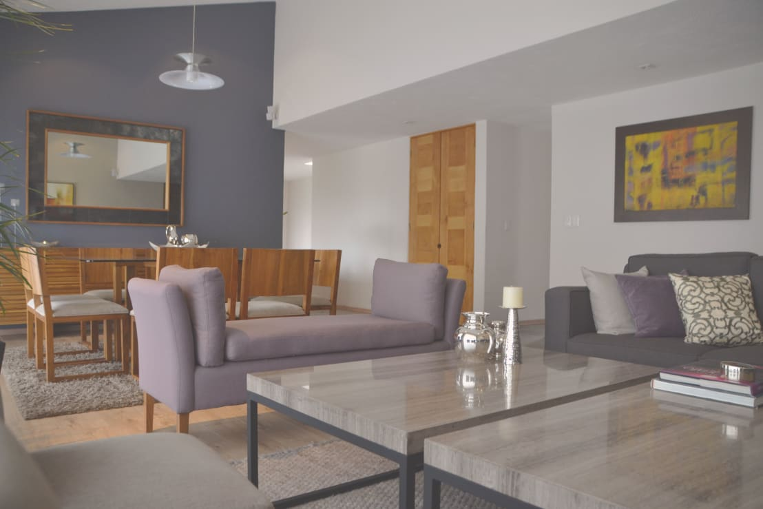 Salas y cuartos de tv de cubob arquitectura de interiores for Arquitectura de interiores