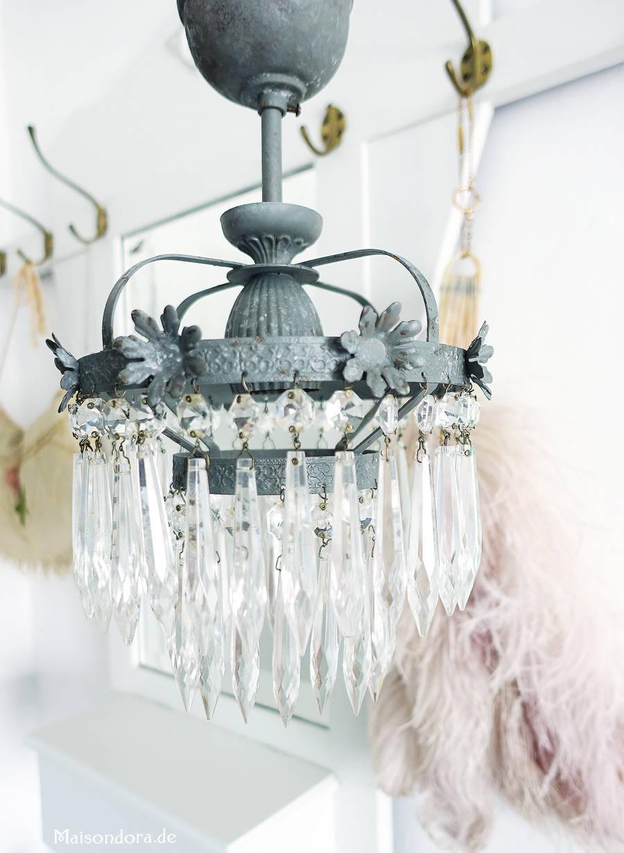 Antike lampen leuchter von maisondora vintage living for Antike lampen