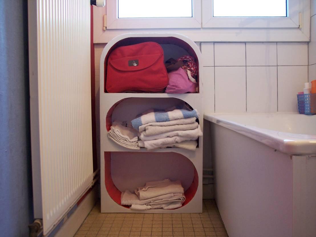 rangement serviettes por les cartons de sophie homify. Black Bedroom Furniture Sets. Home Design Ideas