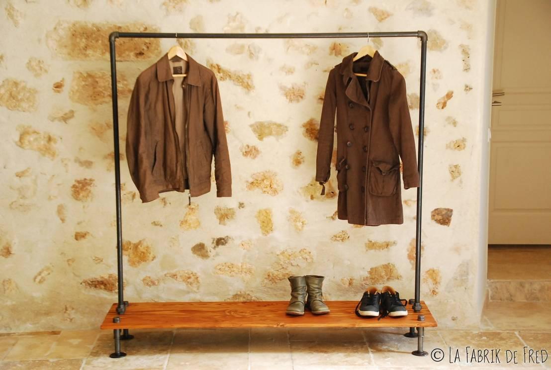 portant v tement penderie indus porte cintre industriel vintage en tuyau de fonte noire de la. Black Bedroom Furniture Sets. Home Design Ideas