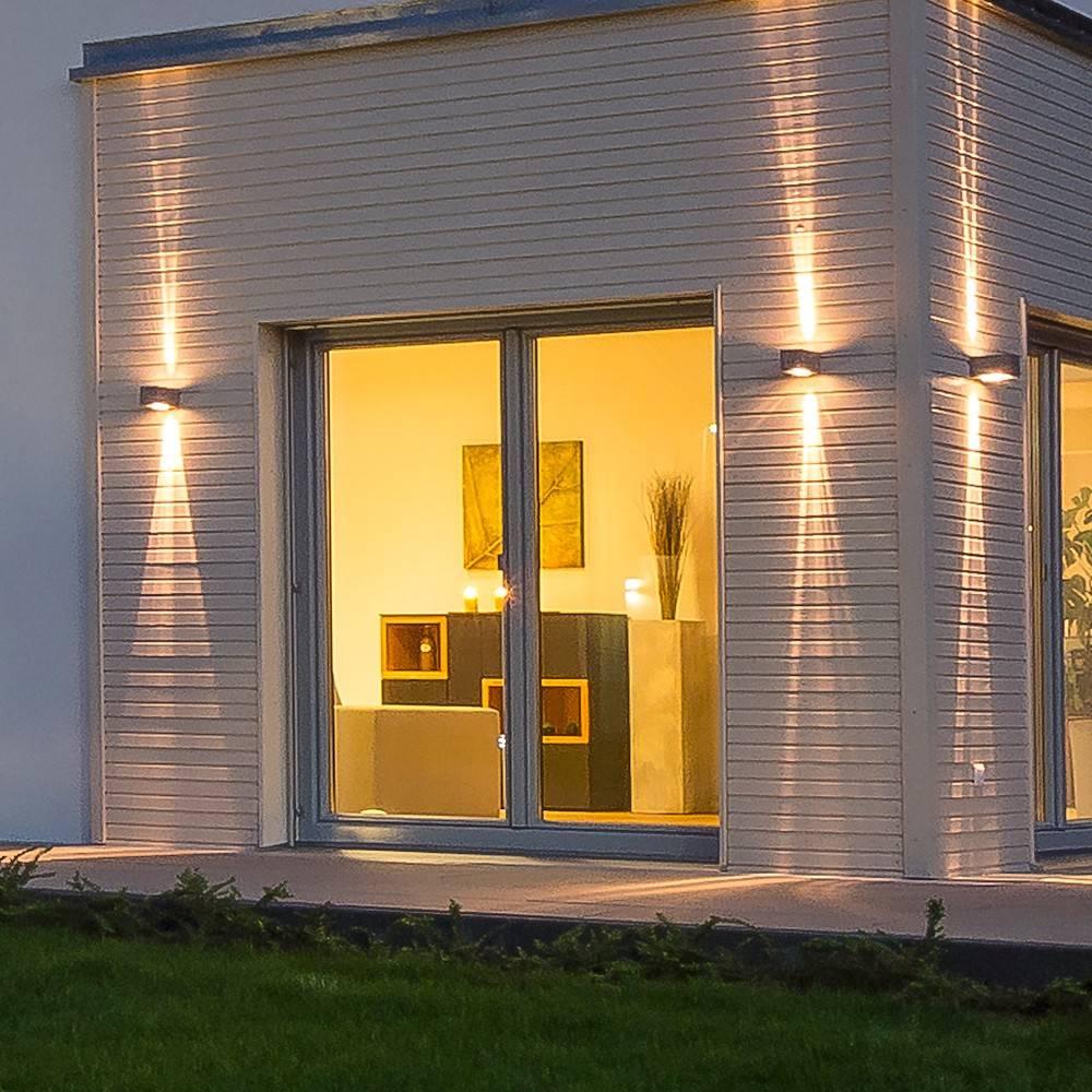 s luce stream wandleuchte 2 strahlig up down silber von licht design skapetze gmbh co. Black Bedroom Furniture Sets. Home Design Ideas