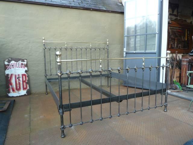 Französische Metallbetten französische metallbetten aus der zeit um 1900 restauriert und heutigen größenstandards