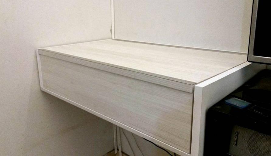 Escritorio oculto de x design muebles homify for Muebles de escritorio modernos para casa