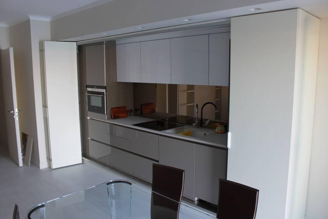 Cucina letto a scomparsa minicucina monoblocco su misura dimensione con ante intere - Cucina compatta ...