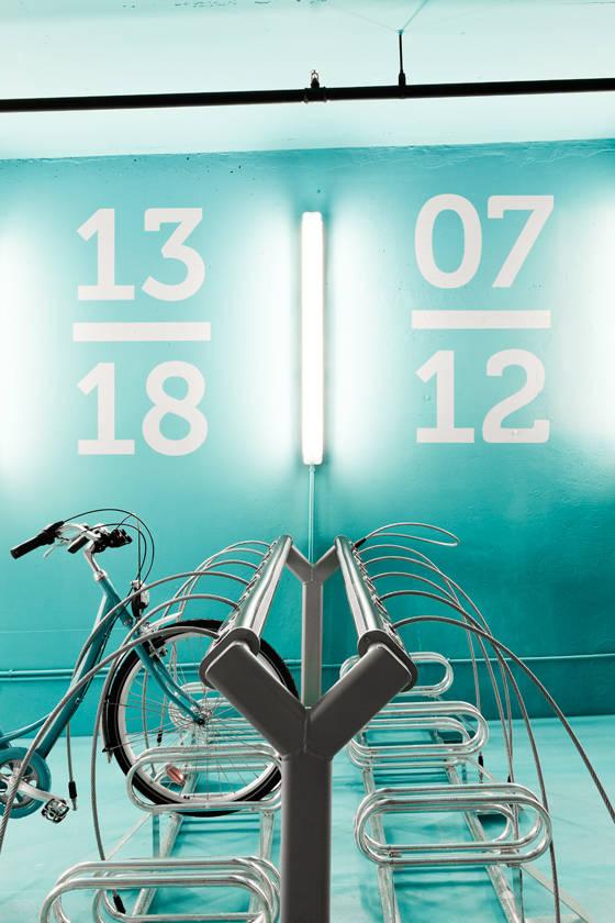 Estaci n de alquiler y custodia para bicicletas y oficina for Oficina qualitas auto madrid