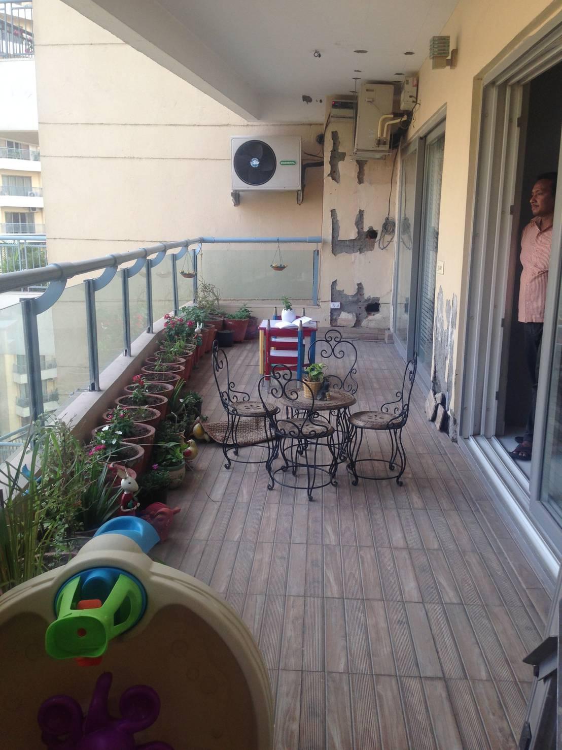 vorher nachher ein balkon wird traumhaft gr n. Black Bedroom Furniture Sets. Home Design Ideas
