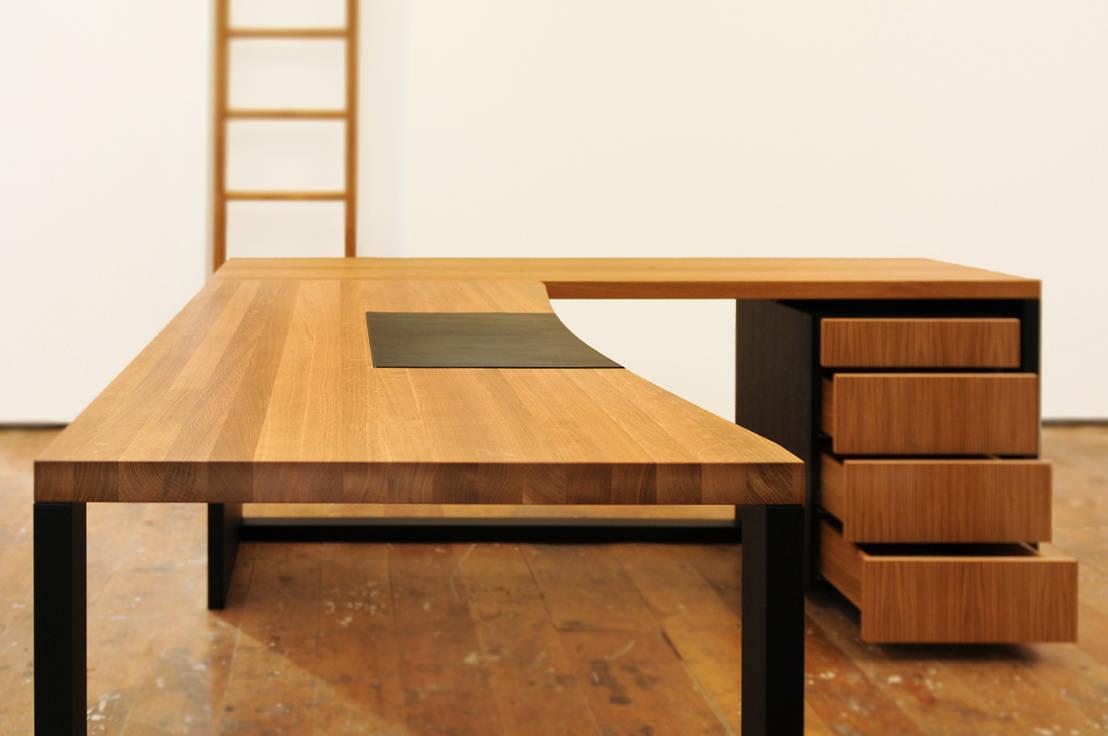 schreibtisch eiche massiv ge lt von daniel renken gestaltung innenausbau homify. Black Bedroom Furniture Sets. Home Design Ideas