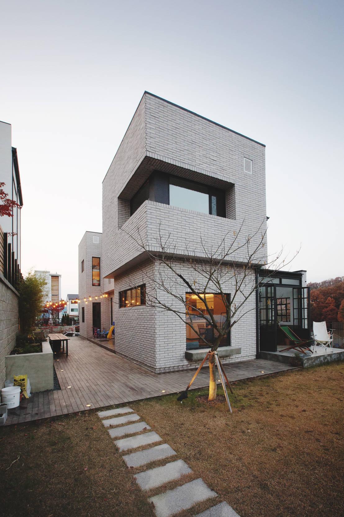 디자이너 부부의 마음을 담아낸 집, 상하동 TRACE HOUSE