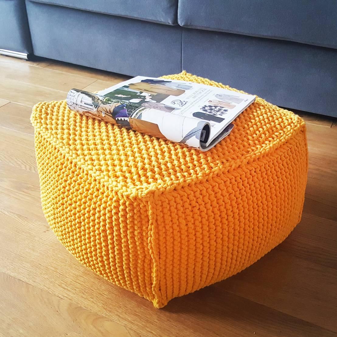 Pouf In Cotone Effetto Maglia pouf in maglia - complemento d'arredo per salotto e camera