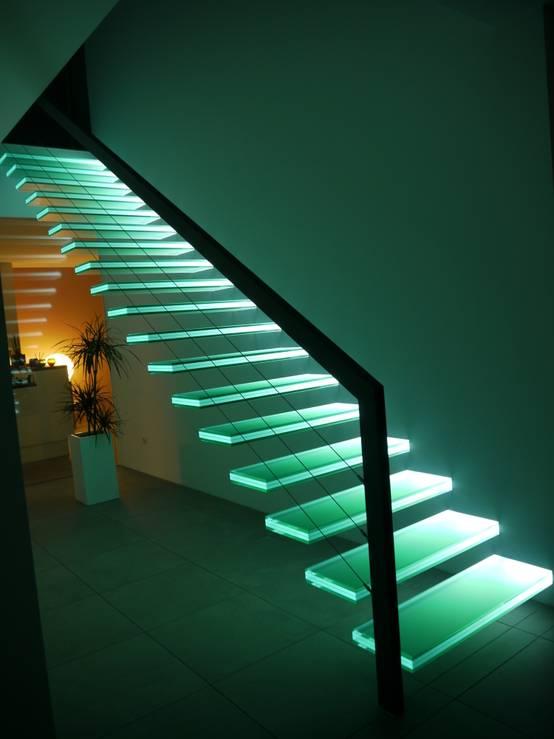 фото лестниц с подсветкой в доме такой красоты