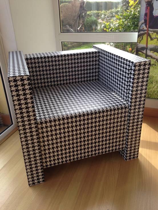 Muebles de cart n casas sostenibles for Muebles sostenibles