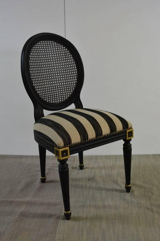 Xvi louis sandalye modeli ile ihti aml yemek odalar for Tappezzeria a righe