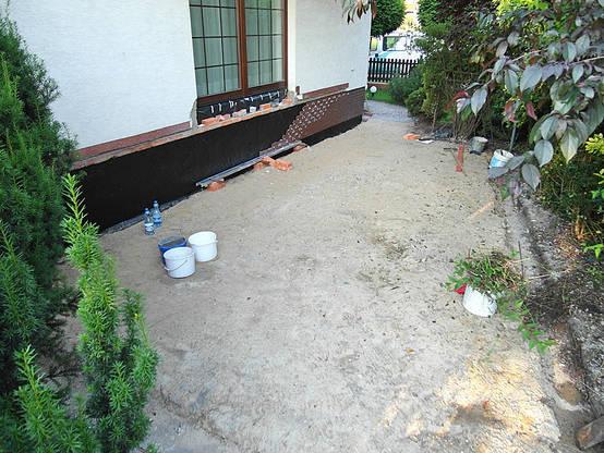 La construcci n de una terraza peque a paso a paso for Construccion de piscinas pequenas paso a paso