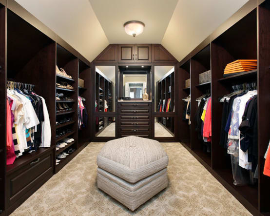 7 tips to create the perfect walk in closet