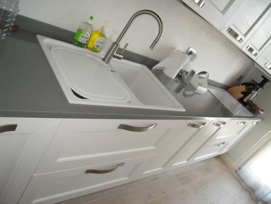 Lavello cucina in ceramica confronto e vantaggi for Lavello in fragranite