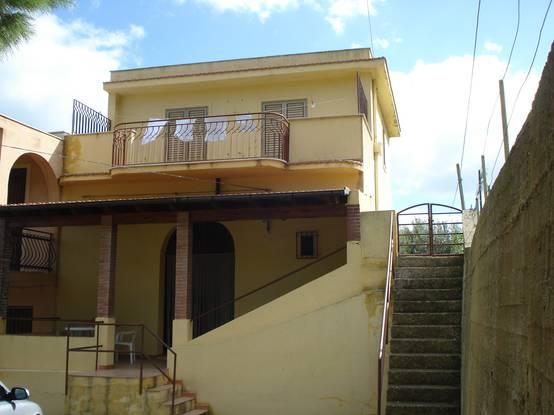 La trasformazione di una vecchia casa di campagna in sicilia - Rendere antisismica una vecchia casa ...