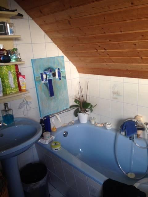 vorher nachher in m nchen wird ein rustikales bad zur modernen wohlf hloase. Black Bedroom Furniture Sets. Home Design Ideas