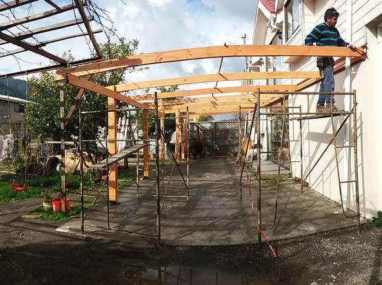 cmo construir una prgola de madera en el patio en 6 simples pasos - Como Hacer Una Pergola
