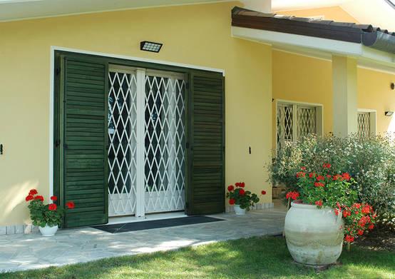 12 portas para aumentar a seguran a de sua casa e evitar ladr es - Disegni di inferriate per finestre ...