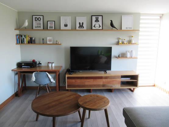 15 diseños de estantes y repisas perfectos para el living