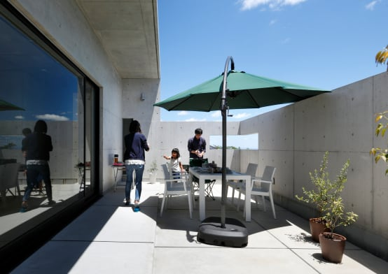 테라스의 완성은 지붕, 주택 테라스 지붕 고르기 | 호미파이 & homify | 호미파이 & homify