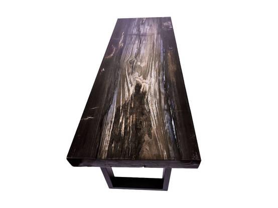 Mobiliario exclusivo de madera petrificada