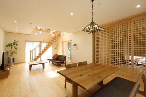 奈良の建築家が手掛けた木の温もりを感じる優しい住まい