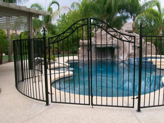 Reliable Swimming Pool Fencing