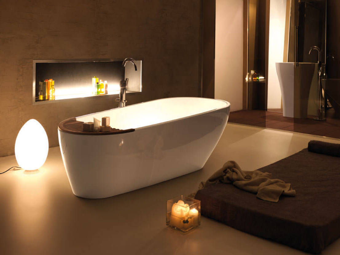 wellness zu hause entspannen in der badewanne. Black Bedroom Furniture Sets. Home Design Ideas