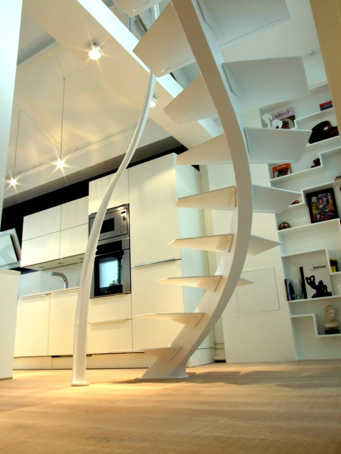 stairway to heaven cinq escaliers de r ve. Black Bedroom Furniture Sets. Home Design Ideas