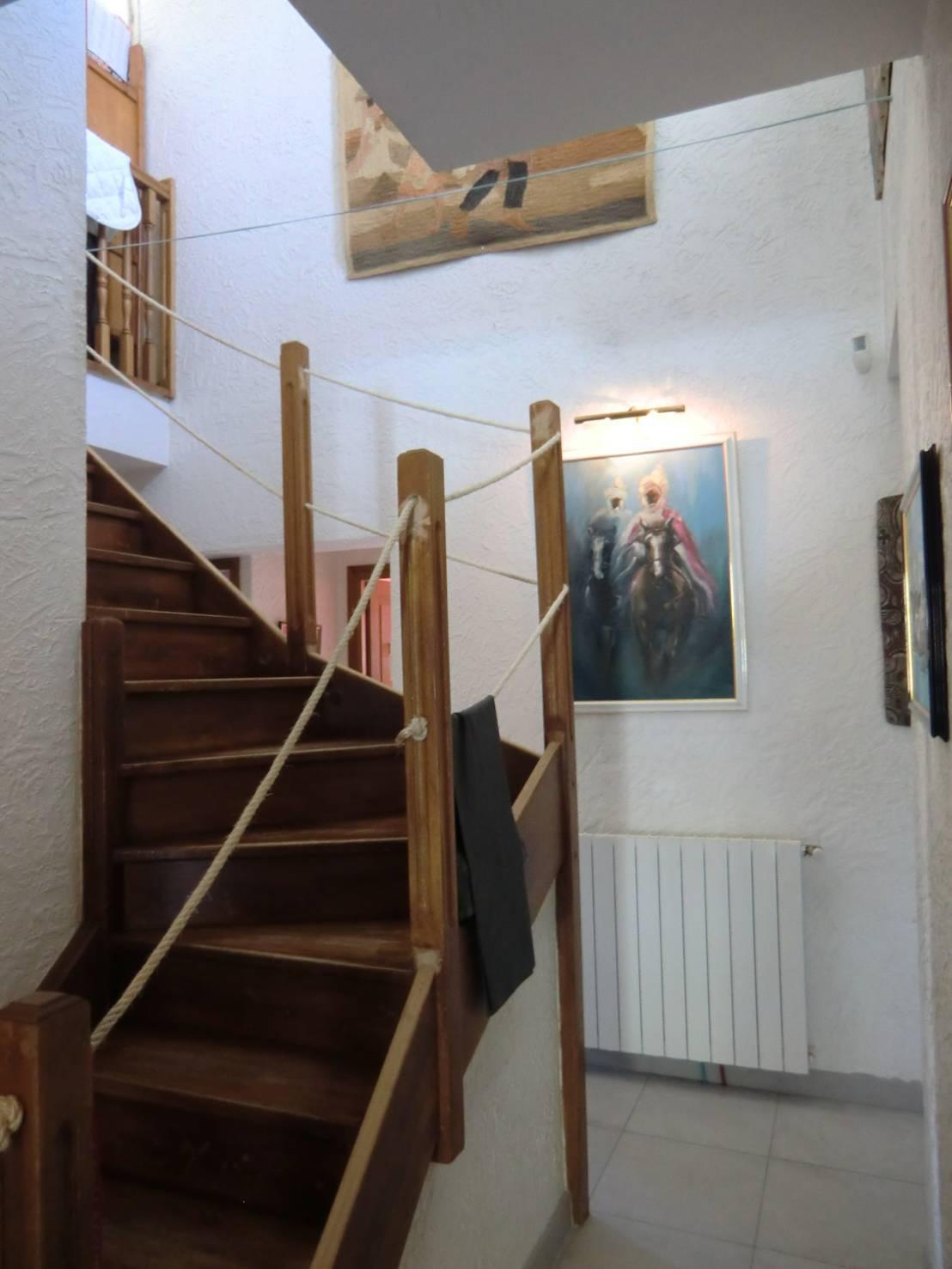 R Novation D Une Villa 70 S Escalier Et Plancher En Verre Suspendus