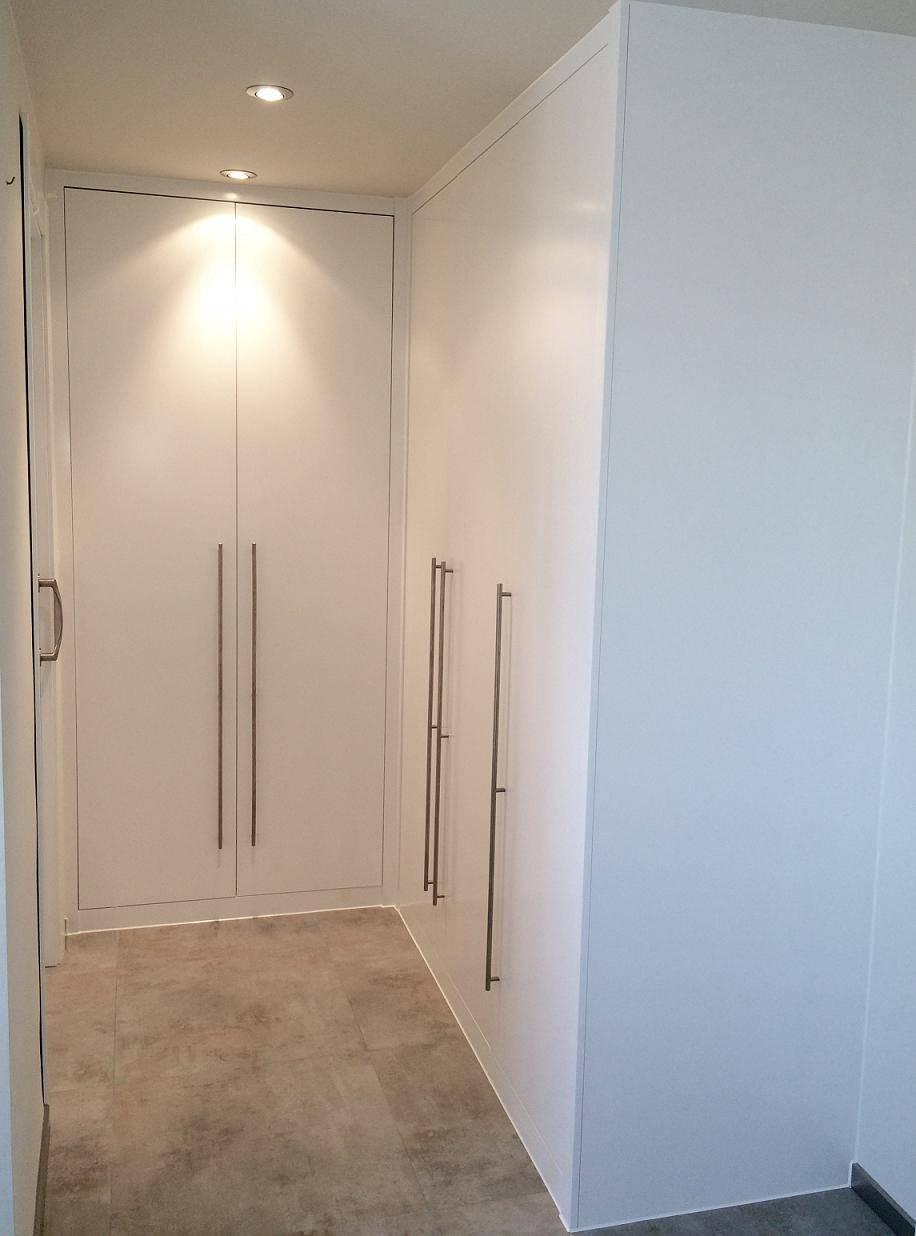 Vestidor laca con puertas abatibles de arconada armarios - Armarios con puertas abatibles ...