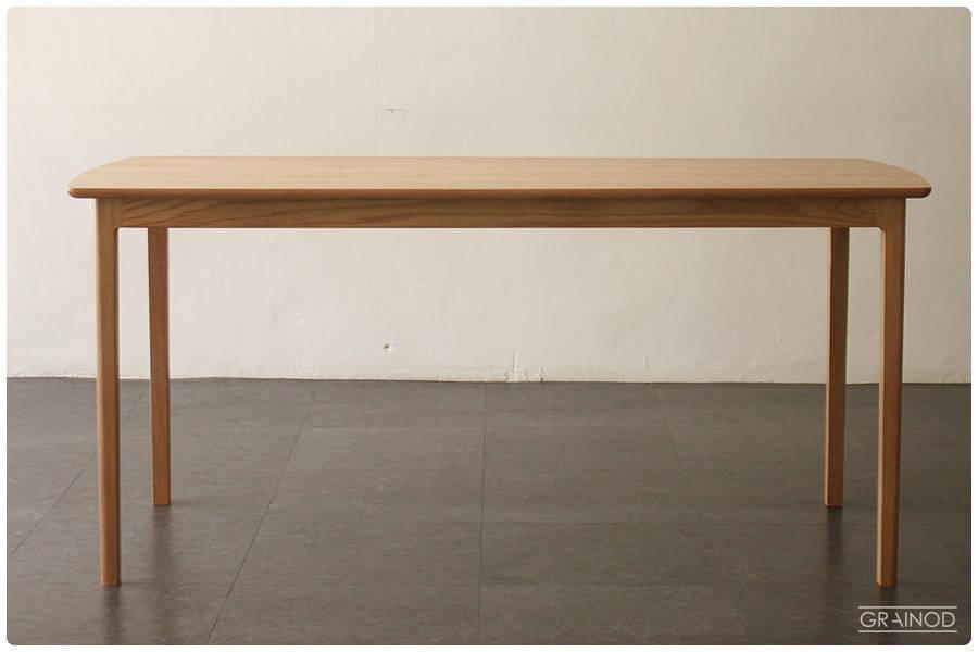 생활공간을 채우는 다양한 탁자 디자인
