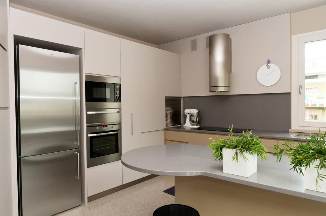 Top 10 cucine piccole per ogni tipo di esigenza for Riviste arredamento moderno