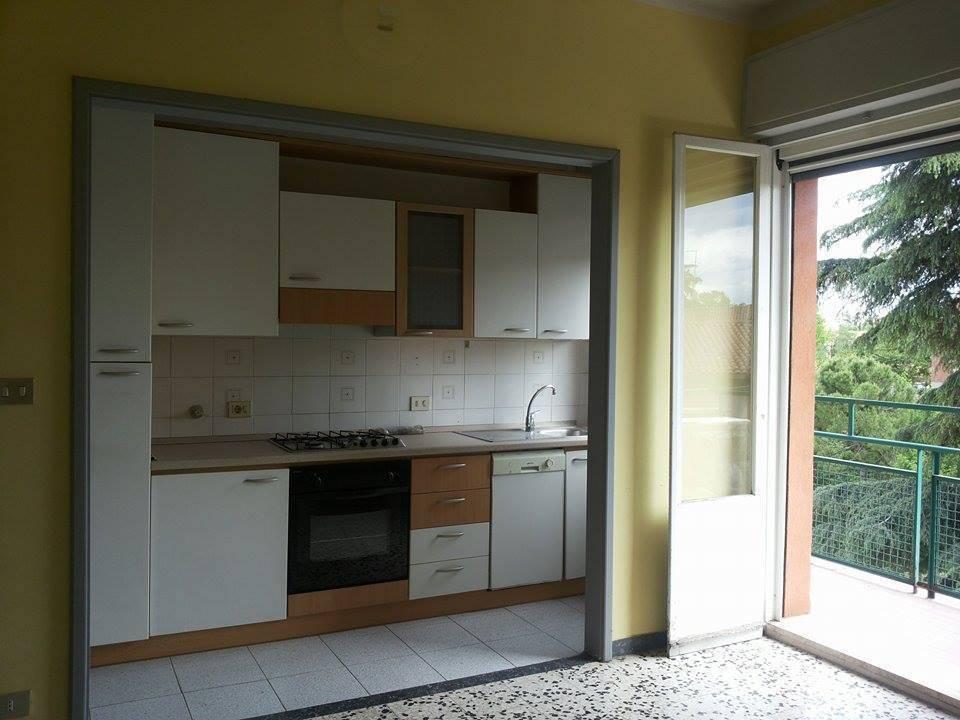 Le idee migliori per rinnovare la cucina con pochi euro e for Poco wohnwand 99 euro