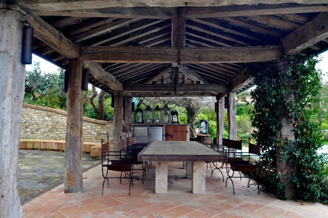Gazebo da giardino design tradizione e tecnologia for Decoracion de porches rusticos