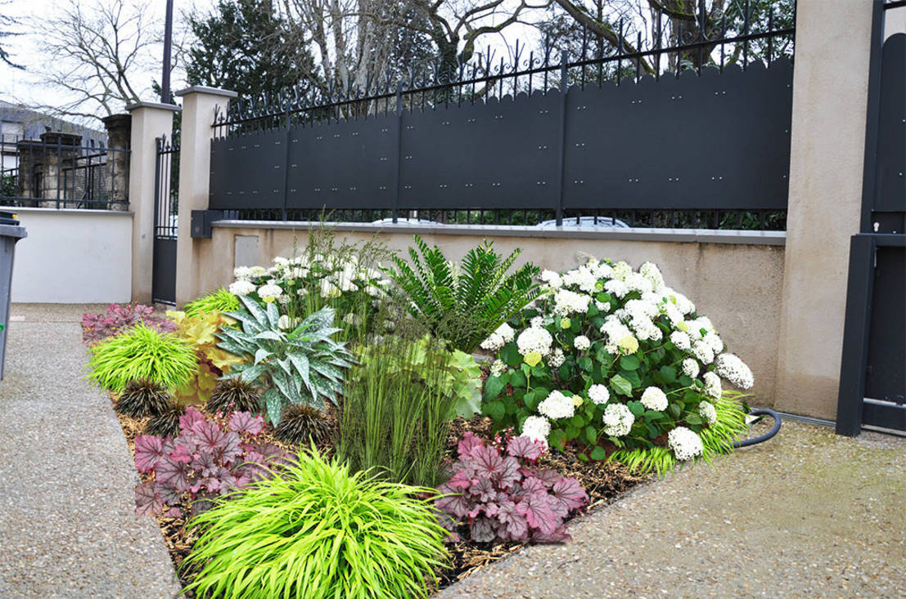 5 id es grandioses pour petits jardins. Black Bedroom Furniture Sets. Home Design Ideas