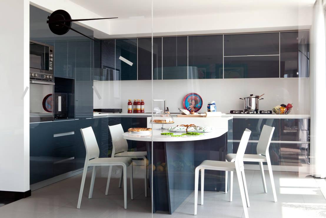 Mesas y sillas de cocina para comer a gusto for Sillas rojas cocina